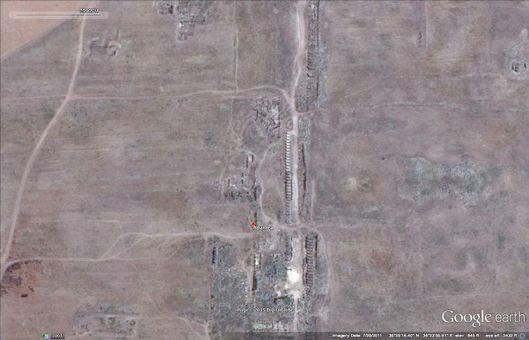 Apamea in juli 2011, voor de plunderingen. Beeld RV Google Maps