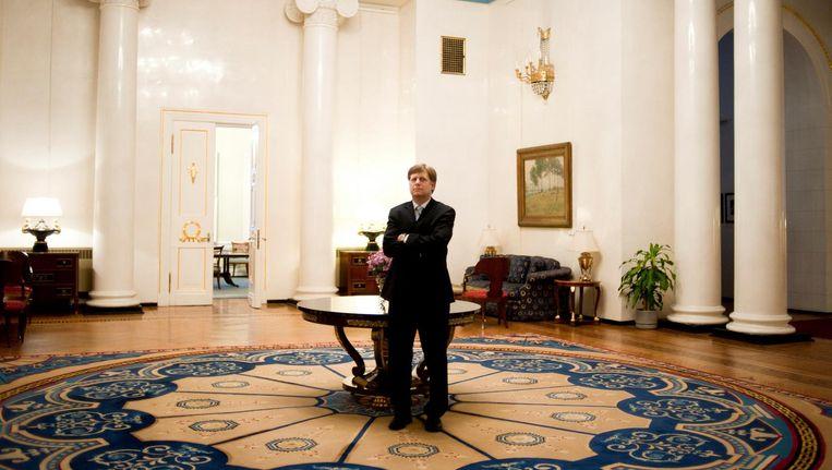 Michael McFaul in 2012, als Amerikaanse ambassadeur (onder Obama) in Moskou in zijn ambtswoning. Beeld Hollandse Hoogte/The New York