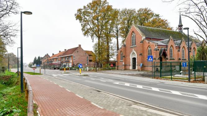 Signalisatie en bermen Beernemsteenweg worden nog aangepast