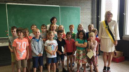 Leerlingen academie ontvangen rapport