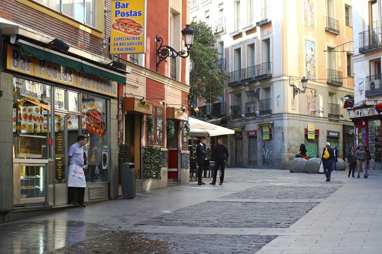 Madrid gaat hotels omvormen tot ziekenhuizen. Beeld REUTERS