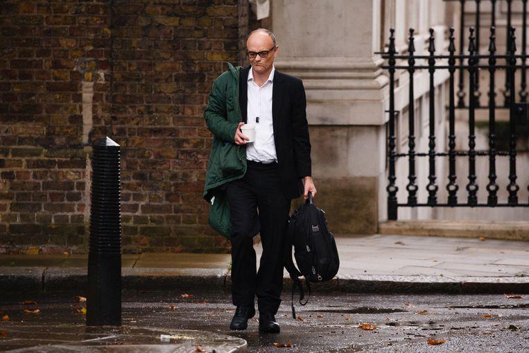 Dominic Cummings nabij Downing Street 10, de ambtswoning van premier Boris Johnson. Beeld Getty Images