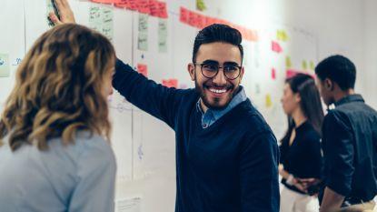 Weg met het functioneringsgesprek: de nieuwe trend is evaluatie door collega's