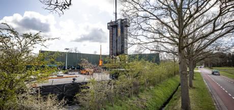 Opruimtoren verrijst voor ontmanteling oude boorputten NAM in Tubbergen
