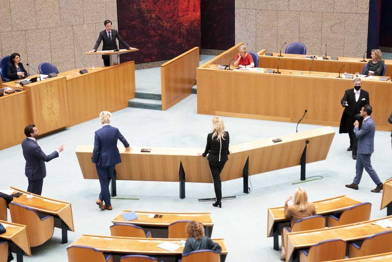 Mark Rutte (VVD) in de Tweede Kamer tijdens het debat over de mislukte formatieverkenning.  Beeld ANP