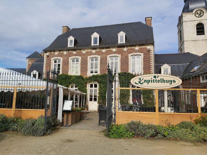 Het terras van brasserie Kapittelhuys