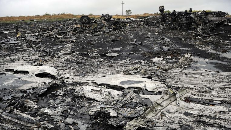 Puin op de rampplek van MH17. Beeld ANP