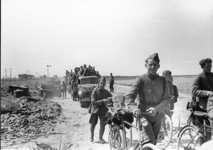 Nederlandse soldaten krijgsgevangen gemaakt op Zuid-Beveland.