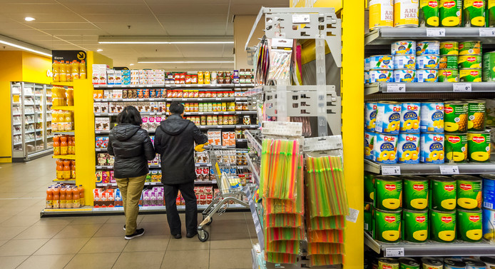 2014-11-27 12:25:39 DEN HAAG - Boodschappen doen, winkelen, consumptie, winkel, jumbo, supermarkt, levensmiddelenwinkel. ANP XTRA LEX VAN LIESHOUT