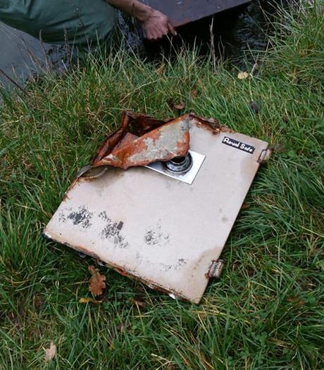 Opengebroken kluis gevonden bij sportvisvereniging in Haaksbergen