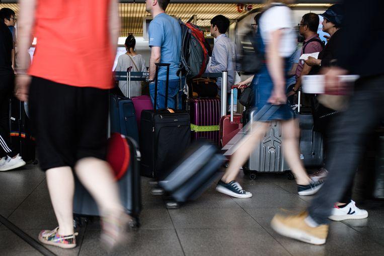 Veel mensen gaan op een ander moment in het jaar op vakantie, omdat het dan goedkoper is.  Beeld EPA