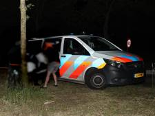 Snorfietser (26) uit Uden zwaargewond gevonden naast fietspad bij Volkel, traumahelikopter geland