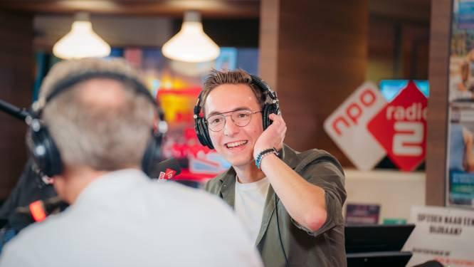 Gijs Hakkert (25) uit Enter maakt jongensdroom waar en is sidekick van Ruud de Wild