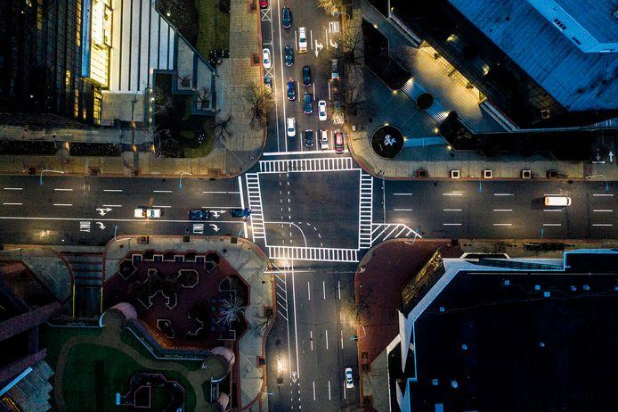 Signify gaat ten minste de helft van de miljoen straatlampen in New York vervangen door duurzamere exemplaren.