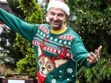Een kerstmuts of een foute trui hoort erbij op de kerstmarkt: 'Mensen worden er vrolijk van'