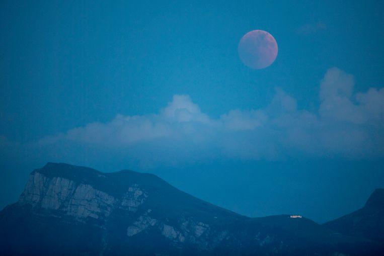De eclips is ook te zien in het Zwitserse Lucerne.