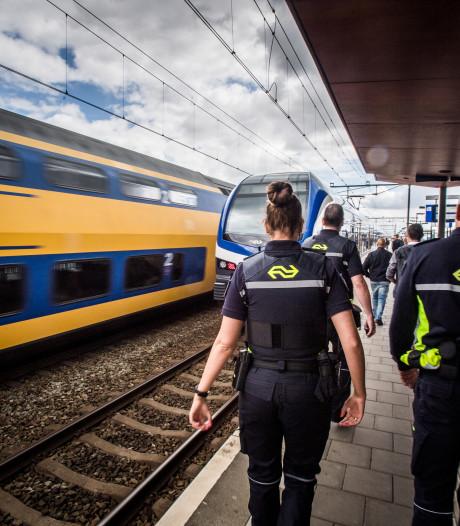 Politiecontrole spoor Arnhem-Nijmegen: 9 aanhoudingen
