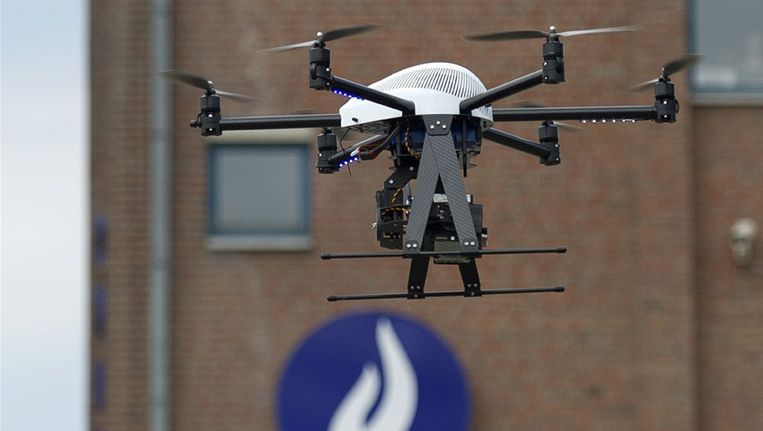c drone defect with Limburgse Politie Raakt Drone Van 20 000 Euro Kwijt A40457ee on 1 further It Always Happens To The Other Guy additionally Avatar Set P5 292016164 likewise Die Geflugelte Sonne In Der Pop Okkultur likewise Sony Vaio Fit 11a Fire Risk.
