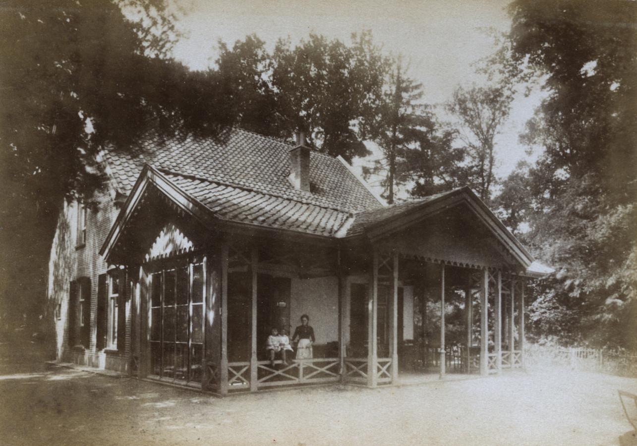 Het huis Westerbouwing in 1890.