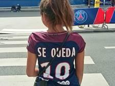 PSG-fans sarren Piqué met Hij-blijft-shirt