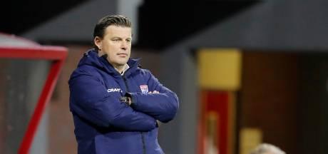 PEC Zwolle ontslaat Stegeman na nederlaag in Emmen: 'Dit was een groot dieptepunt'