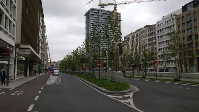 Jos Brabantstunnel tijdelijk afgesloten nadat te hoge vrachtwagen er probeert in te rijden