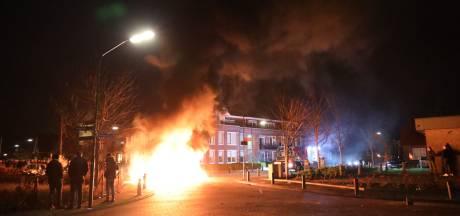 Politie ziet vuurwerkincident in Veen met brandweer niet als doelbewuste actie
