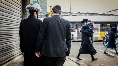 """""""Onze zoon van 15, een tenger ventje, kreeg een vuistslag in zijn gezicht. Omdat hij jood is"""""""