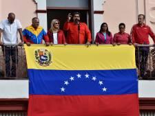 Maduro roept hulp leger in na 'staatsgreep' oppositie Venezuela