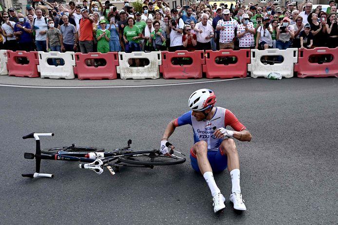 Ook Guarnieri ging eerder de Tour tegen de vlakte.