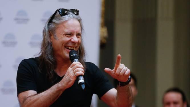 Iron Maiden-frontman Bruce Dickinson kijkt aan tegen miljoenenscheiding