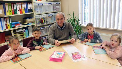 Leesouders helpen kinderen beter lezen
