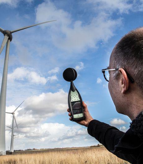 Olst-Wijhe wil minder geluid rond windmolens, maar wat maakt 2 decibel eigenlijk uit?
