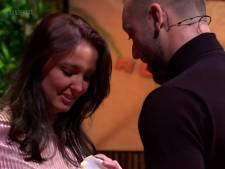 Expeditie-deelnemer Robin vraagt vriendin live op tv ten huwelijk