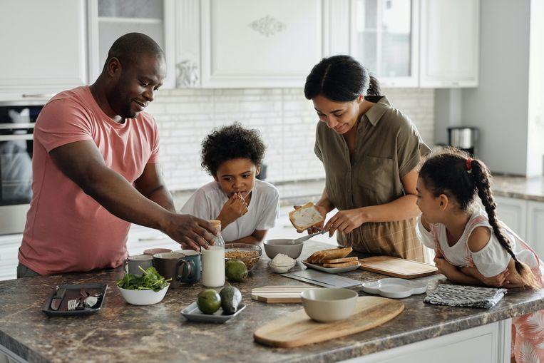 Samen koken kan gezellig en lekker zijn. Beeld Pexels