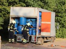 Vrachtwagen vol vaten ontdekt op parkeerplaats bij Hemelrijk in Volkel