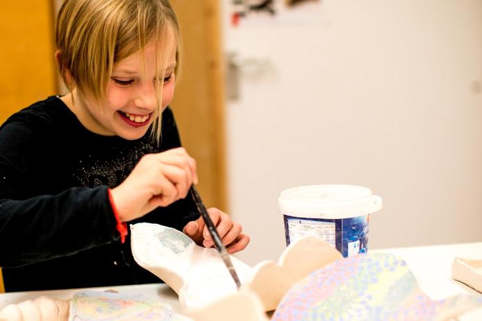 Leerlingen op Hengelose basisscholen maken op school kennis met beeldende kunst, muziek,dans, film en theater.