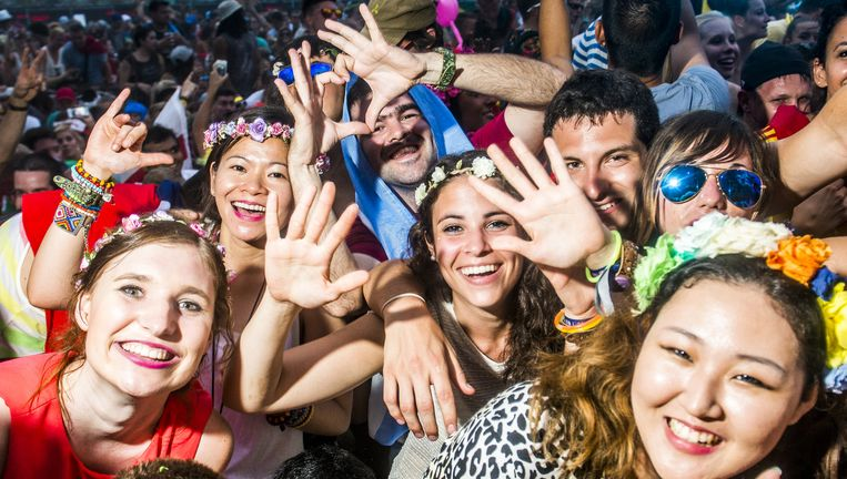 Slapen in 'een echt bed' blijkt aan te slaan tijdens Tomorrowland. Beeld Stefaan Temmerman