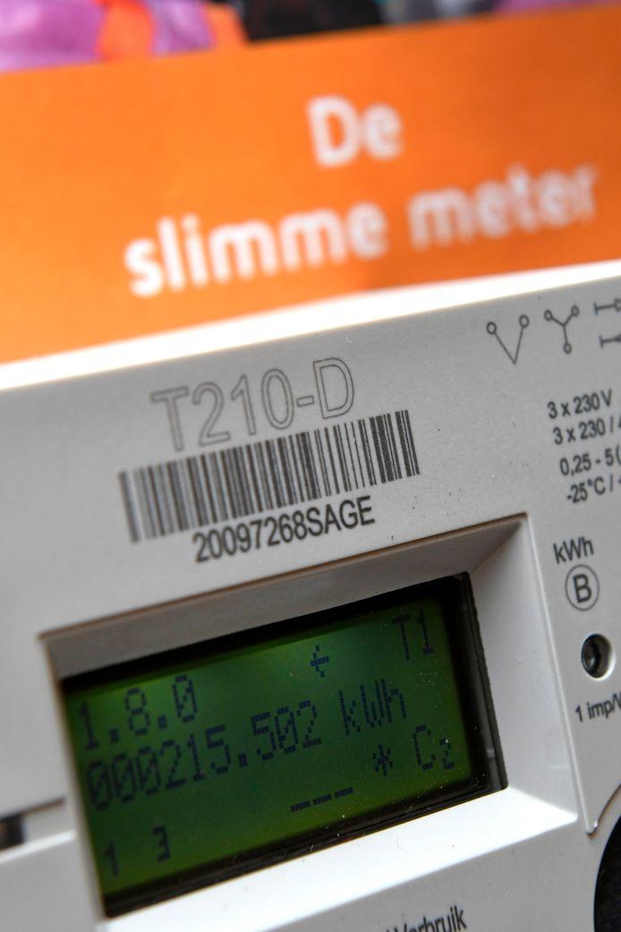 Prosumenten of zonnepaneleneigenaars worden geschrapt als prioritaire doelgroep in de uitrol van de digitale meter.
