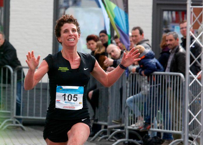 Monique Verschuure was de snelste vrouw in Sint Kruis.