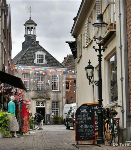 Siepelstadje Ootmarsum op stelten door parkeerbeleid en waarom vinden de Pukkels het Lutterzand niks?