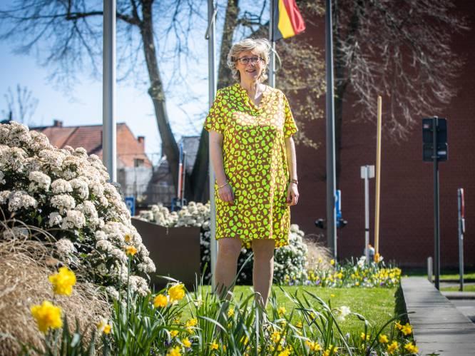 Hele kabinet van burgemeester van Sint-Truiden Veerle Heeren gevaccineerd, inwoners moeten mogelijk langer wachten op vaccin