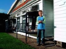 Verslaggever Jesse uit Rijssen groeide op tussen duiven, maar is de postduivensport nog te redden?