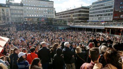 Fans komen massaal samen om Avicii te herdenken