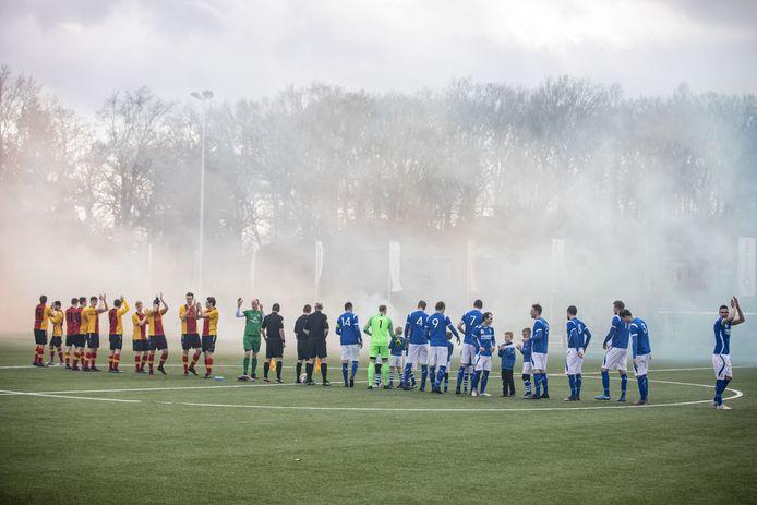 De klassieker TVC'28 - Stevo is één van de mooiste derby's in onze regio. Ben jij de sportverslaggever die voor ons komend seizoen een pakket (amateurvoetbal)clubs of zaalsporten volgt?