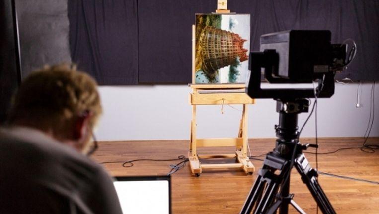 De Toren van Babel van Bruegel wordt met een speciale camera vastgelegd. Beeld Boijmans Van Beuningen