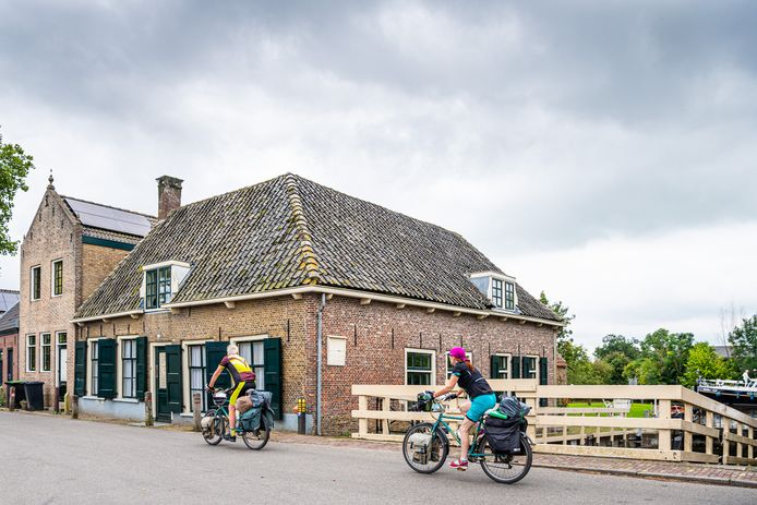 De voormalige sluiswachterswoning aan de Goejanverwelle in Hekendorp mag niet tot bed & breakfast worden omgebouwd.