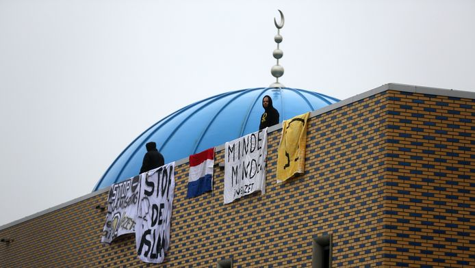 Protest bij de moskee