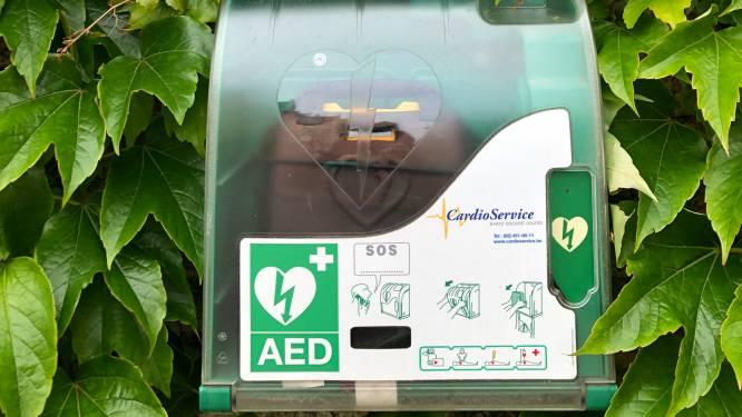 Torhout vervangt 10 defibrilatortoestellen door nieuwe