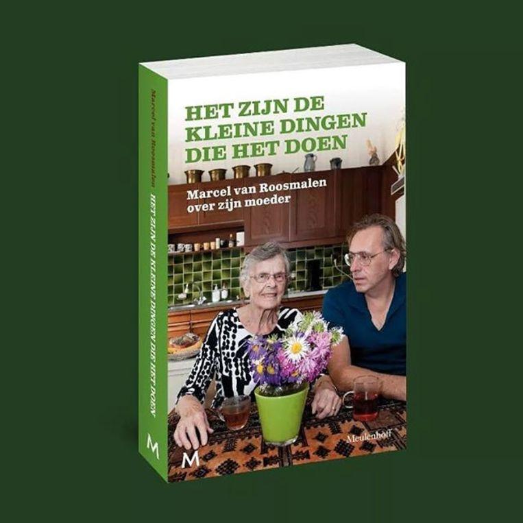 Marcel van Roosmalen: Het zijn de kleine dingen die het doen; 4 sterren; Meulenhoff; 192 pagina's; € 18,99. Beeld